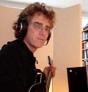 Peter Calandra in Studio